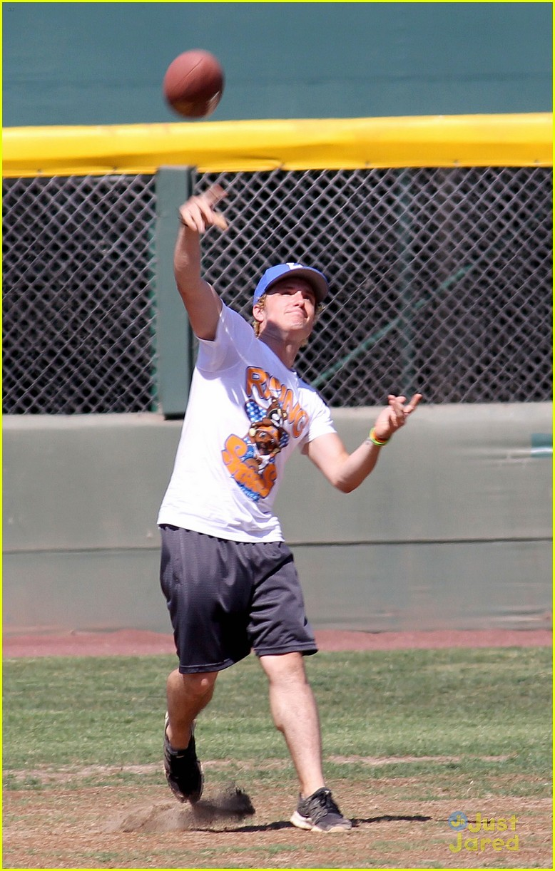 josh hutcherson kickball game 01