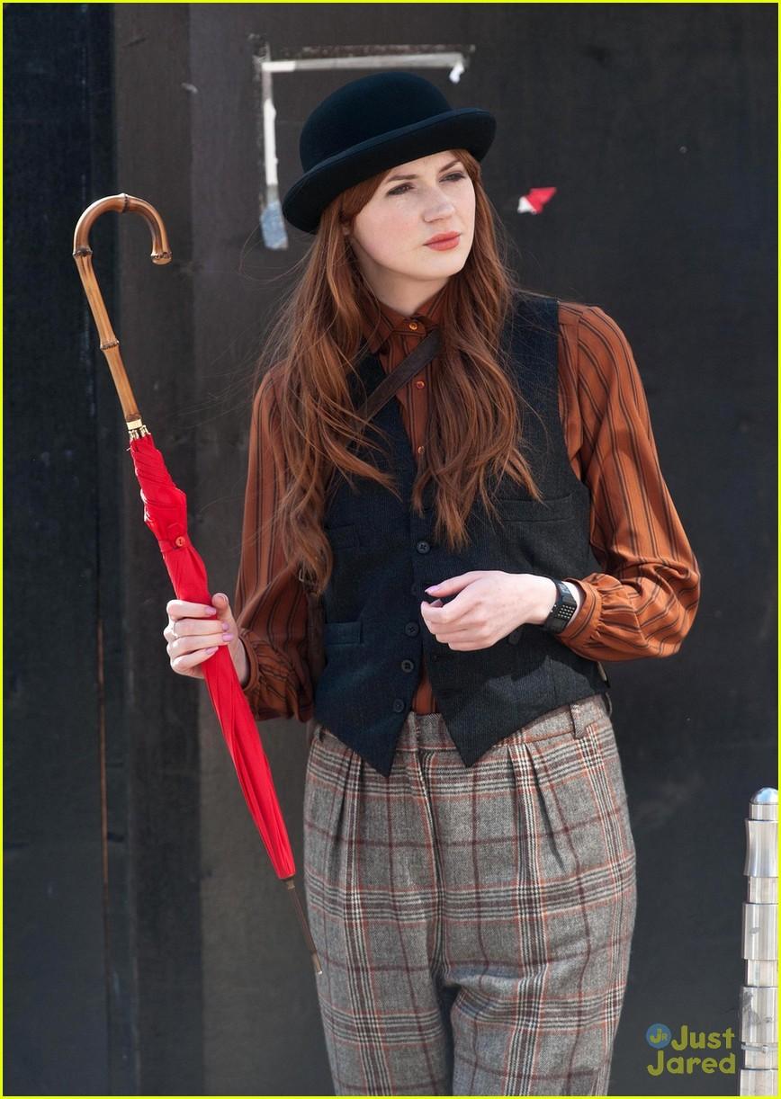Karen Gillan: Bowler Hat