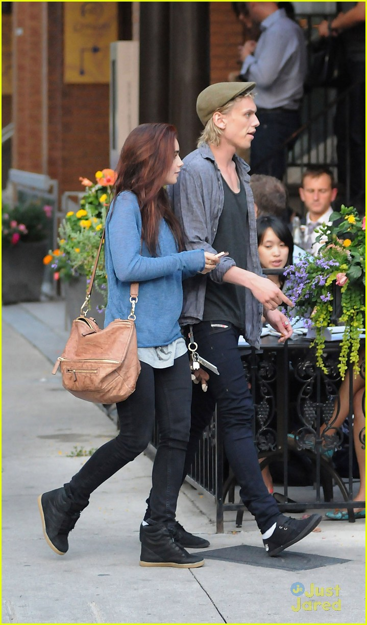 lily collins jamie bower froyo 04
