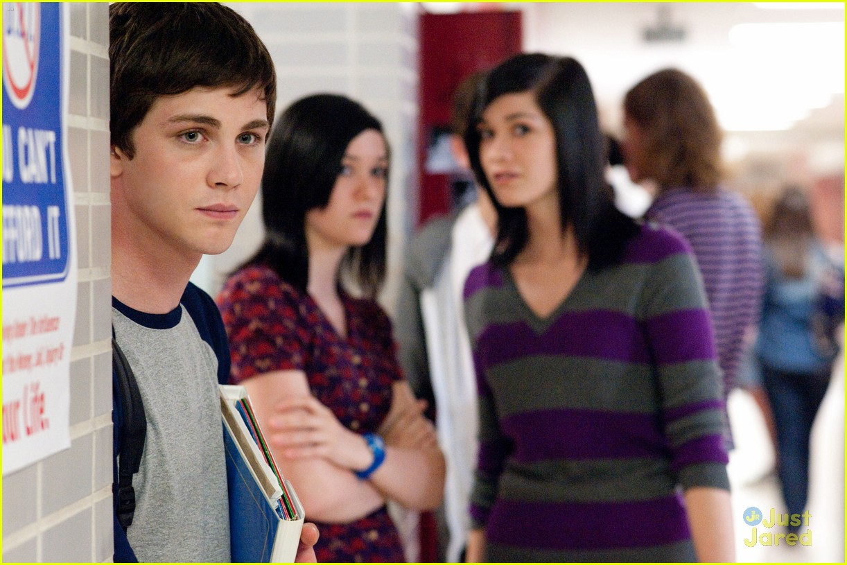 logan lerman perks pics 10