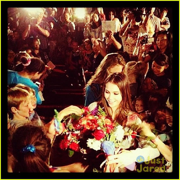 mckayla maroney homecoming visit 04