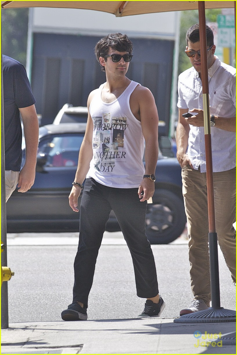 nick jonas joe nyc cali 03
