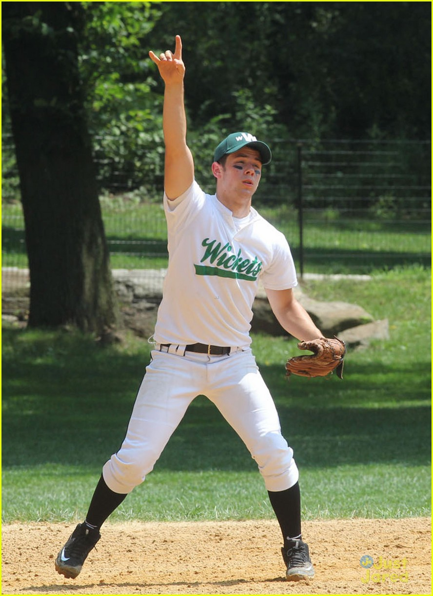 nick jonas wickets softball 06