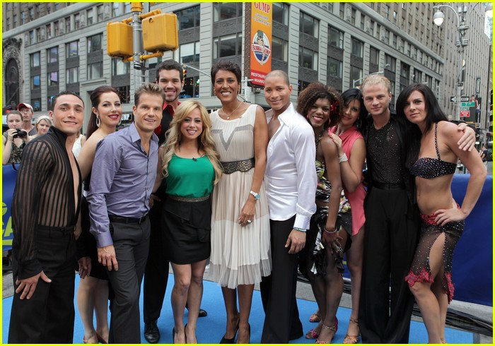 who is dating on dancing with the stars 2012 Get all your dancing with the stars news and gossip here.