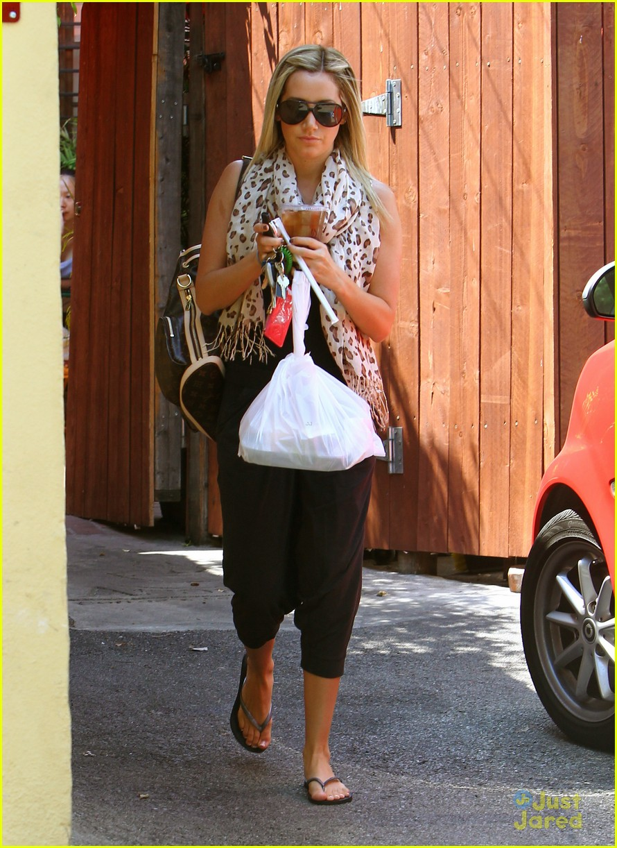 ashley tisdale take out 01
