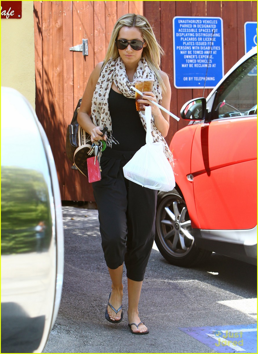 ashley tisdale take out 04