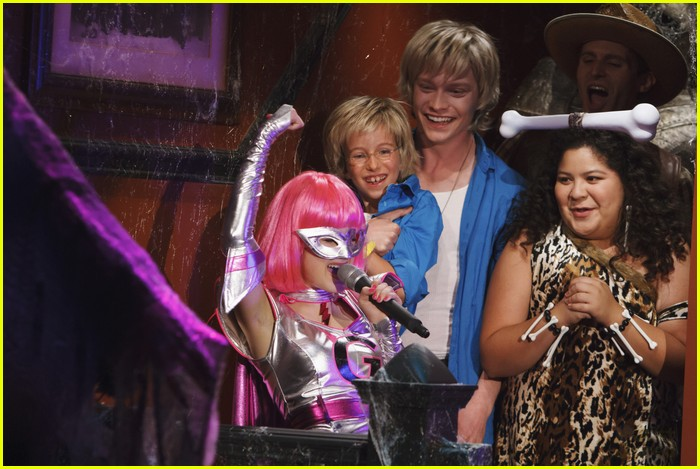 austin ally costumes courage 07