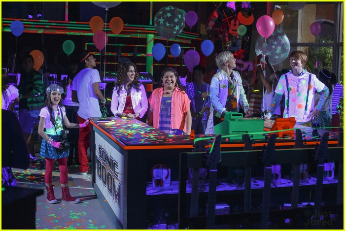 austin ally magazines stills 04