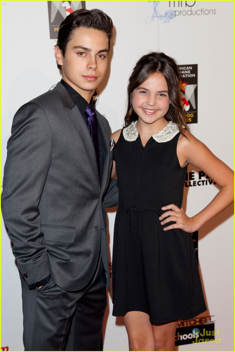 bailee madison jake t austin hero dog awards 07