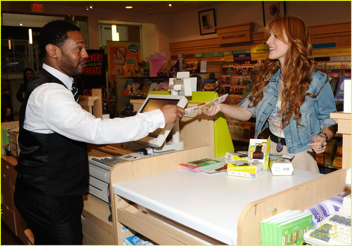 bella thorne hallmark store 08