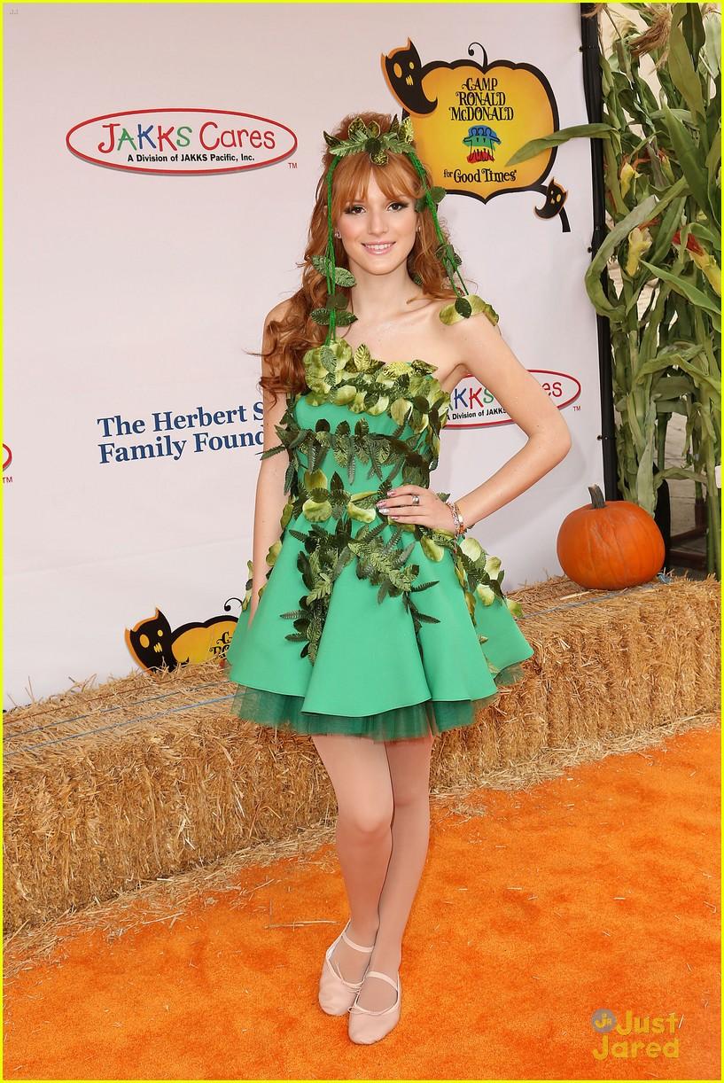 bella thorne quincenera halloween carnival 17