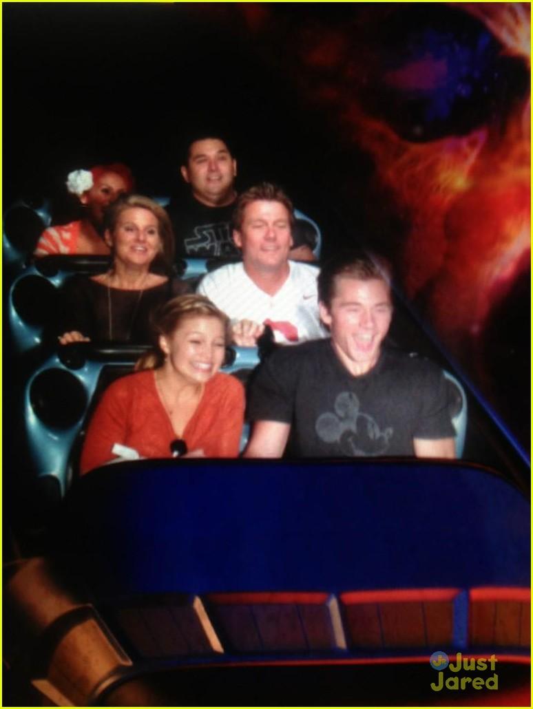 Olivia Holt & Luke Benward: Holding Hands at Disneyland ...