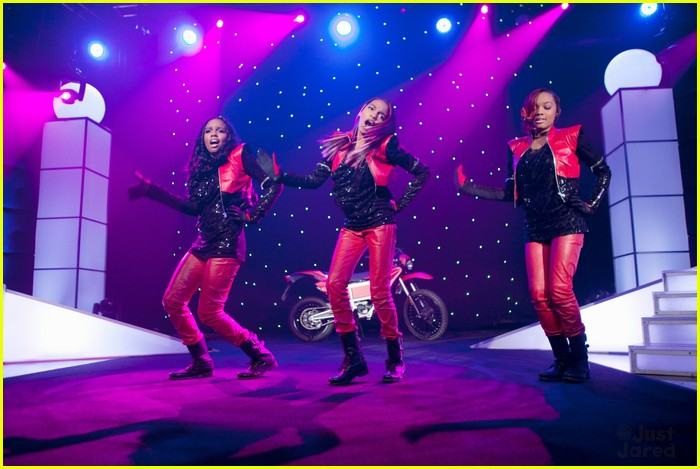sierra lauryn china mcclain ants 01