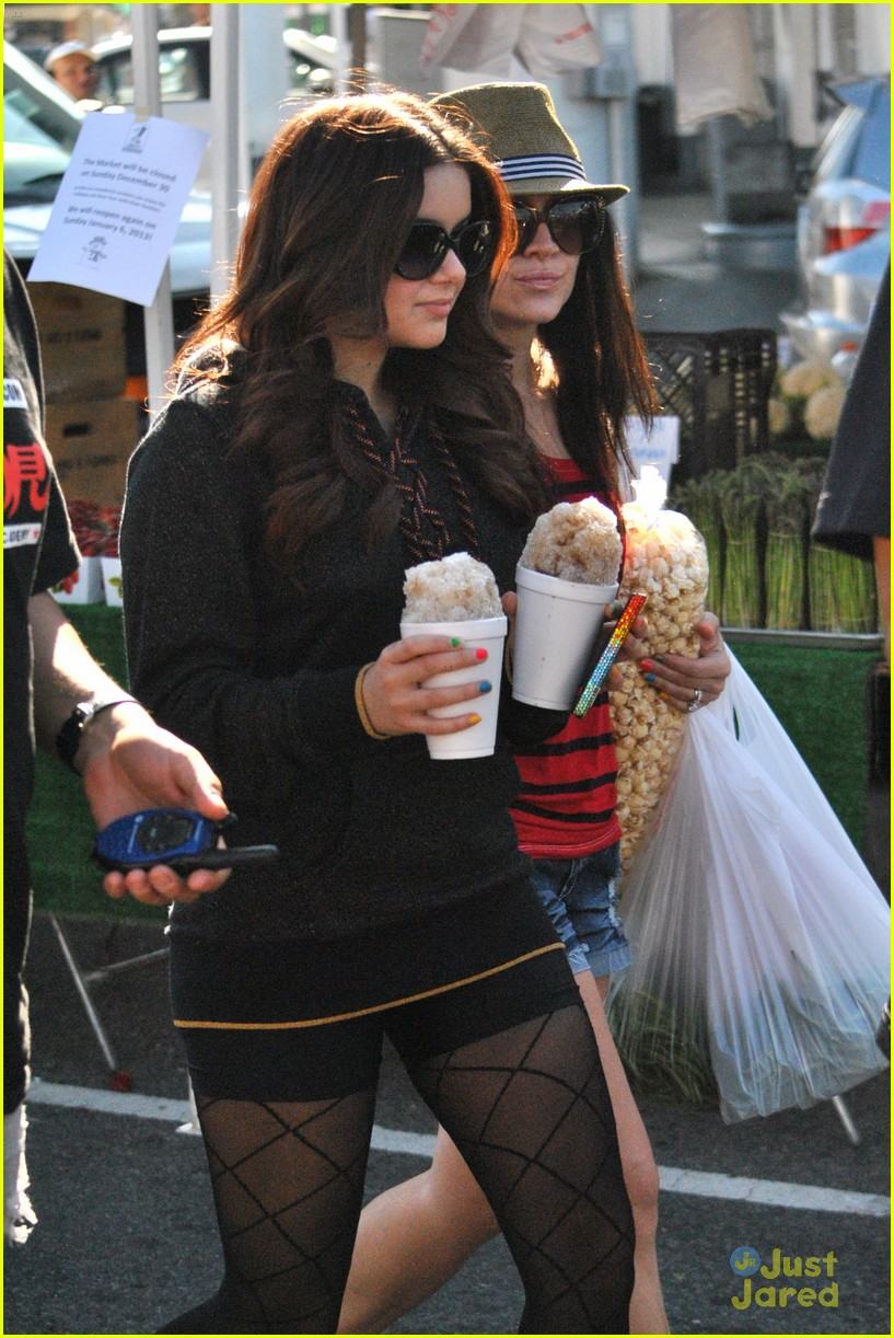ariel winter snow cones 05