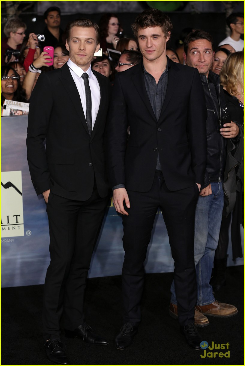 twilight breaking dawn best dressed poll 13