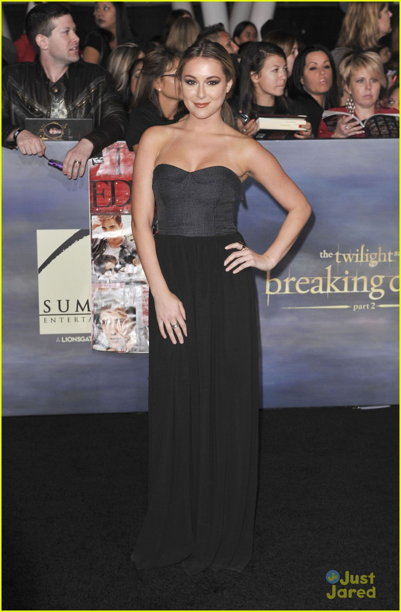 twilight breaking dawn best dressed poll 26