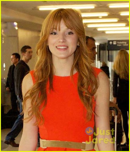 bella thorne friday flight 04