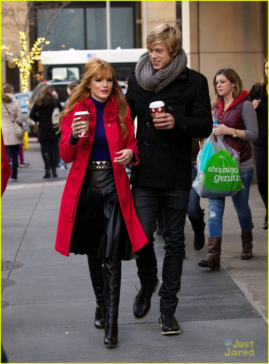 bella thorne tristan klier chicago 01