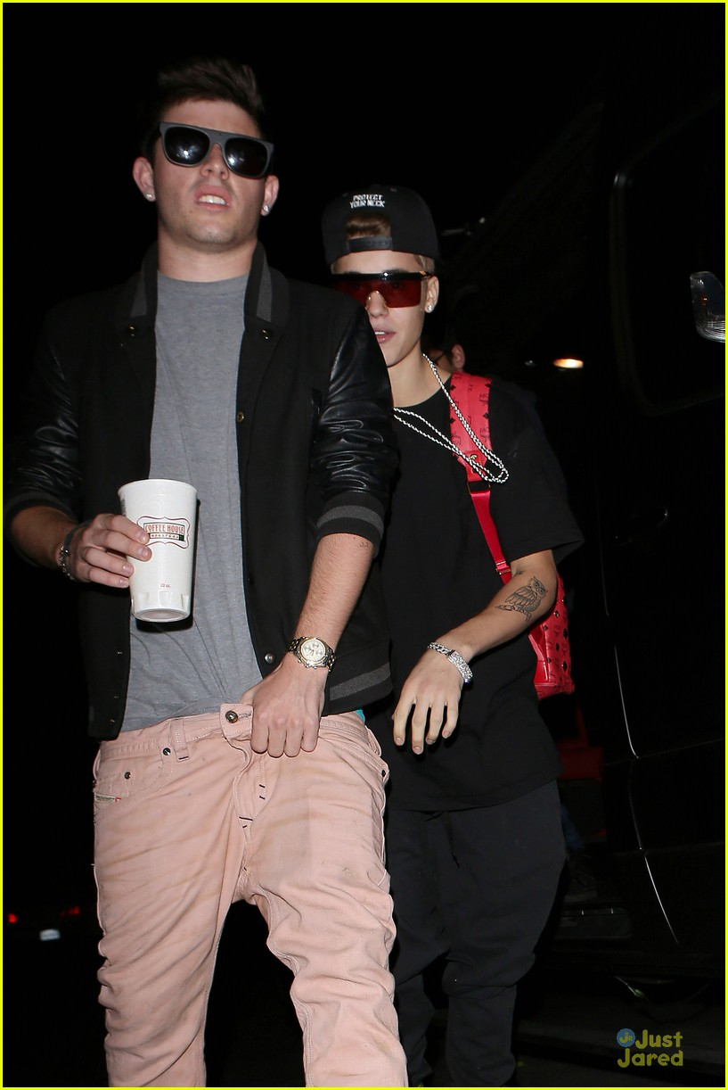 are justin and selena dating november 2012