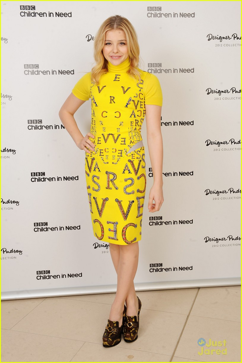 chloe moretz pudsey versace bear 02