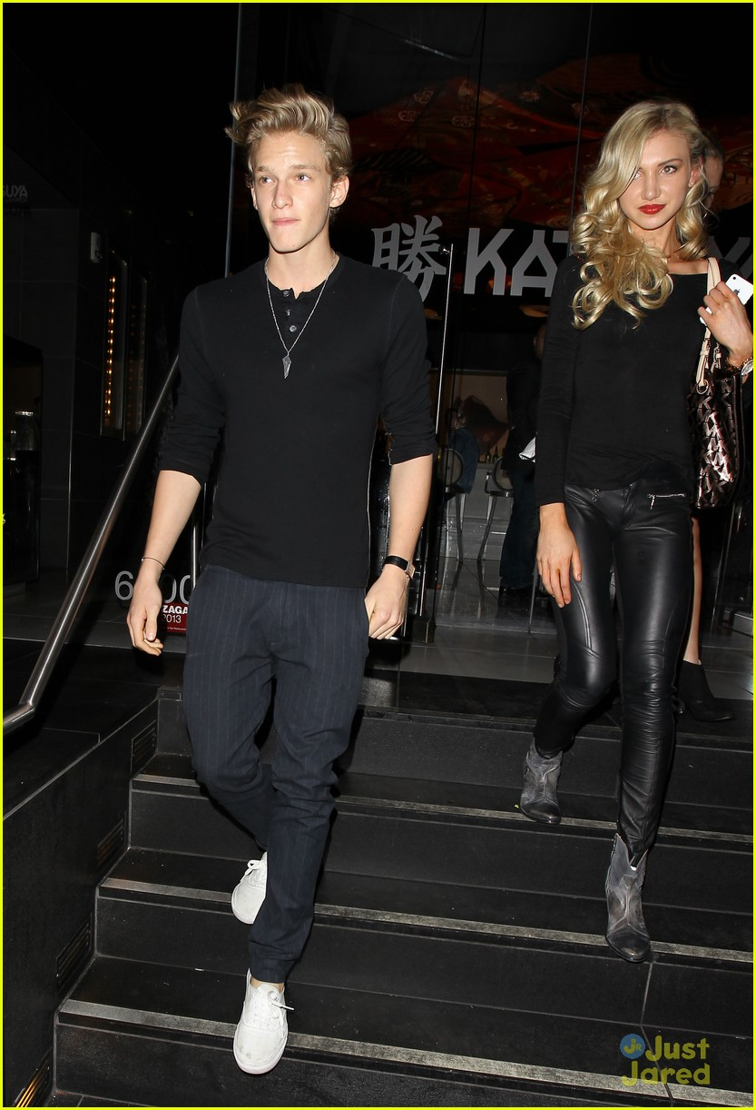 cody simpson katsuya dinner 05