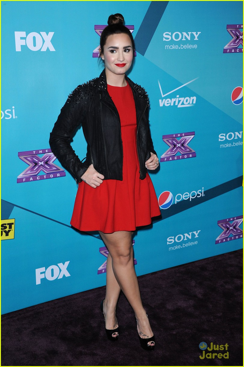 demi lovato xfactor finalist party 10