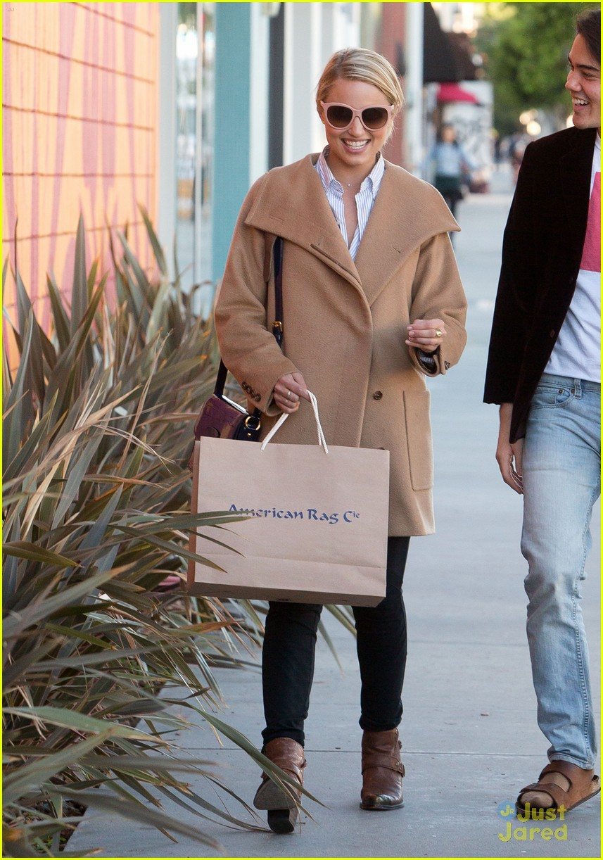 dianna agron rag co shopping 04