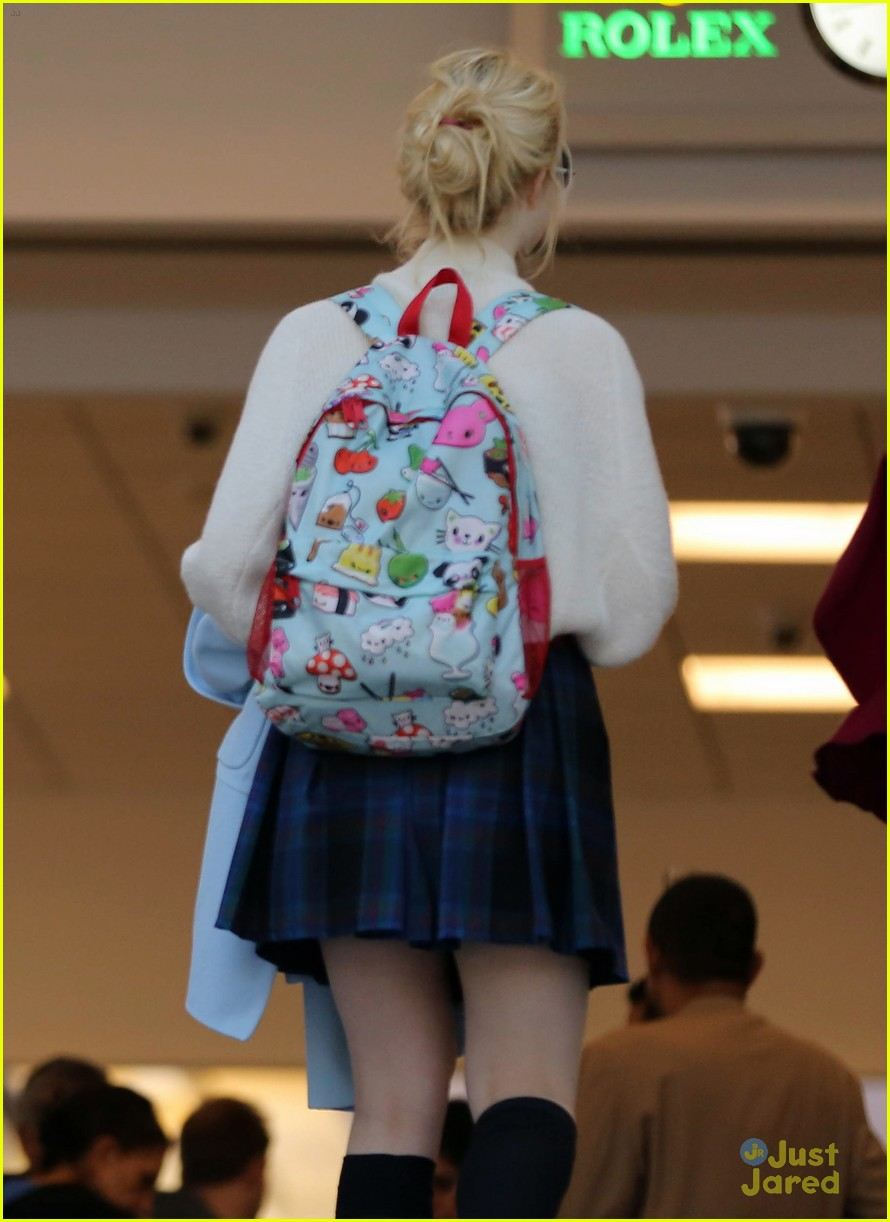 elle fanning lax nyc 09