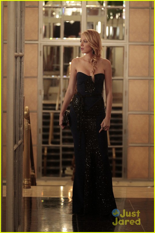 gossip girl monstrous ball 06