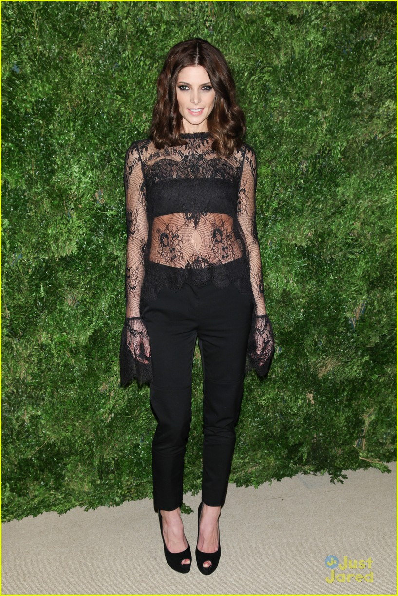 ashley greene cfda fashion fund awards 08