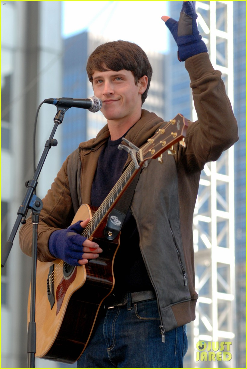 shane harper disney performs 05