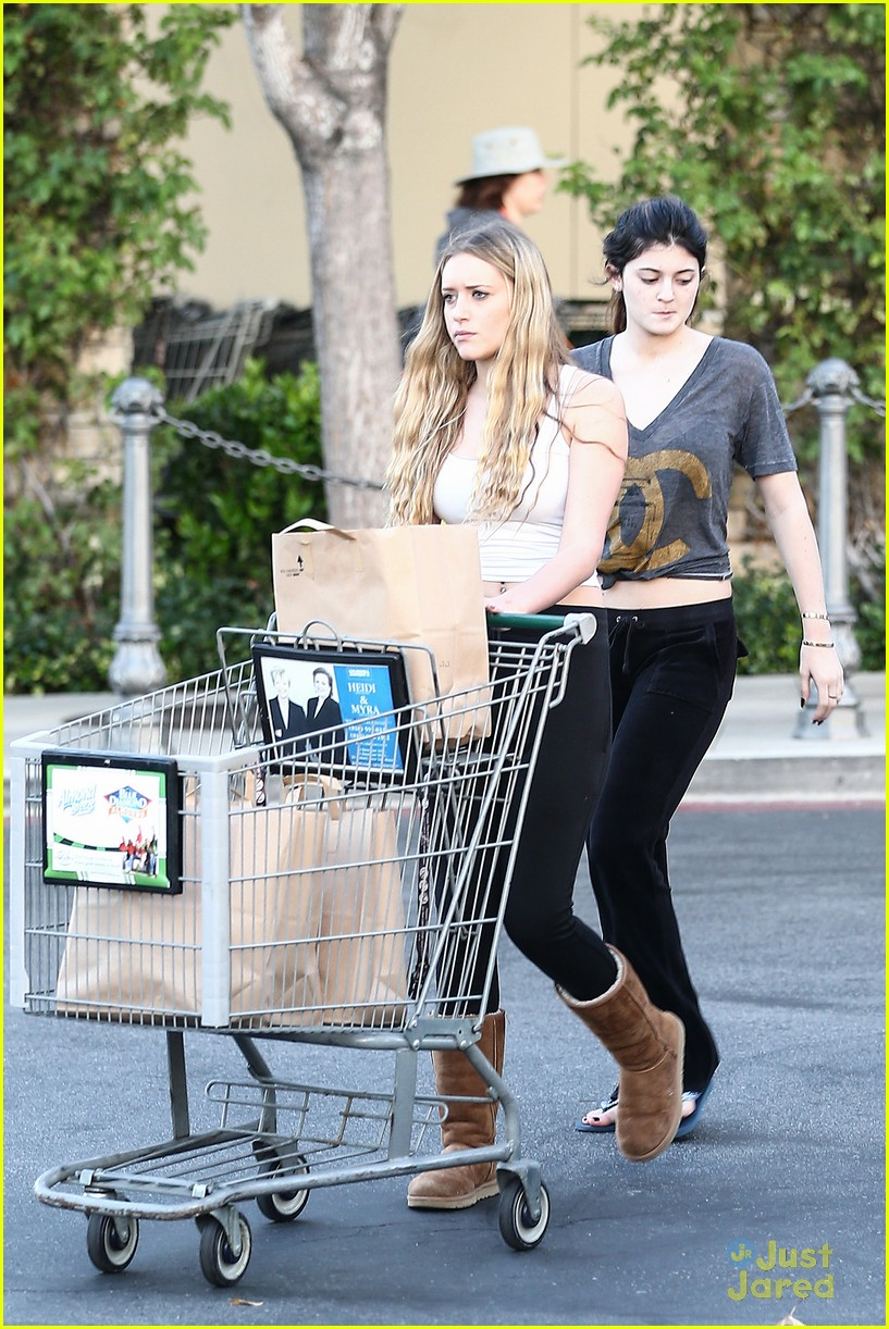 kendall kylie jenner grocery girls 03