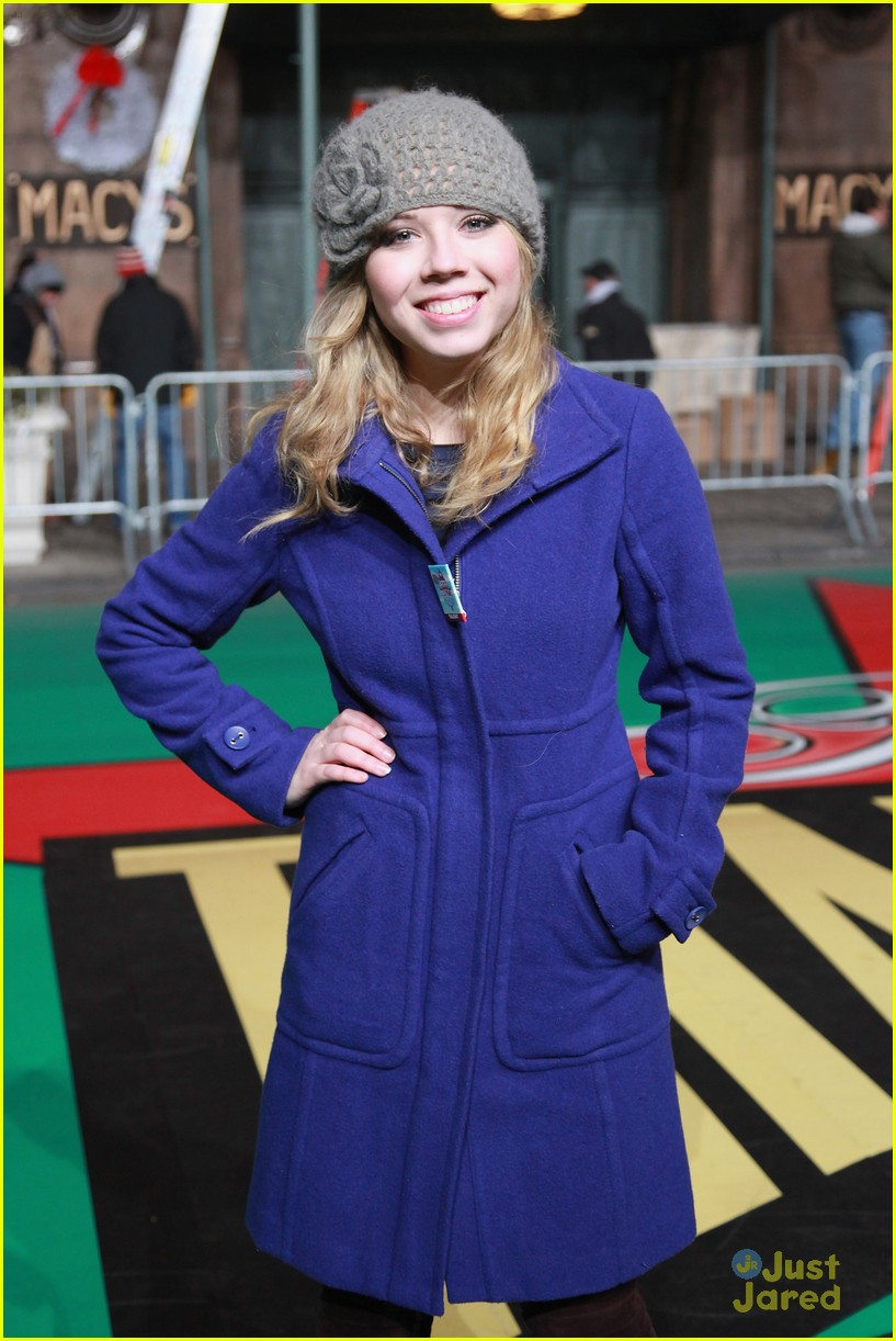 jennette mccurdy parade rehearsal 10