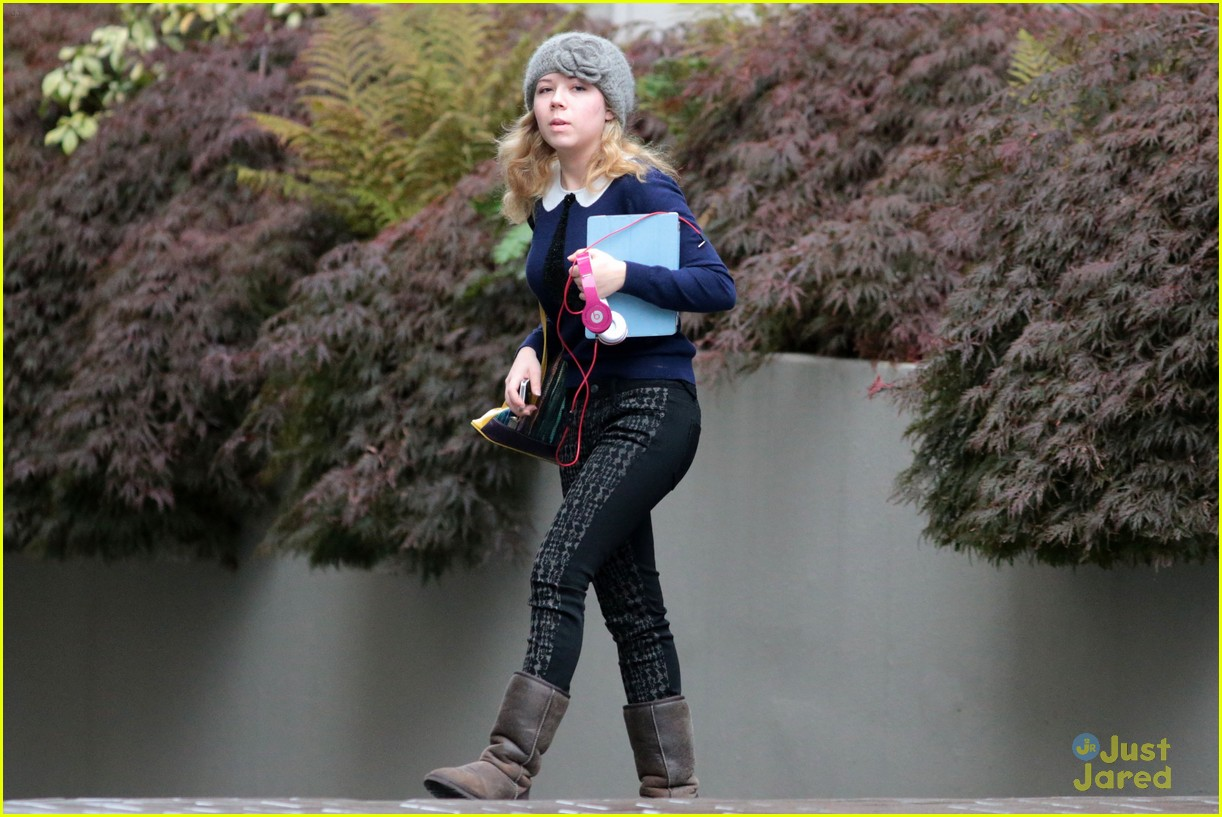 jennette mccurdy swindle wrapped 11