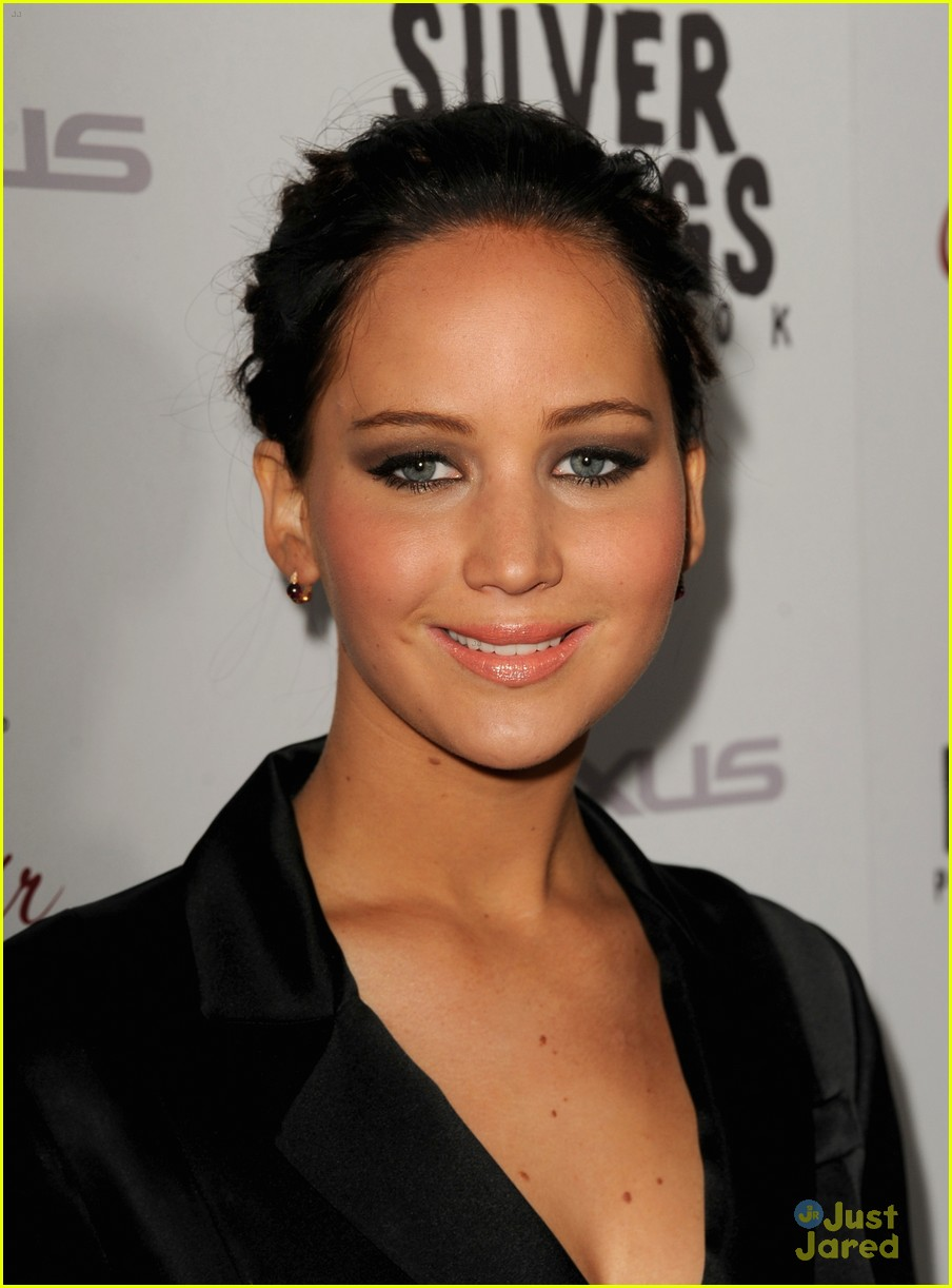 jennifer lawrence leno playbook premiere 02