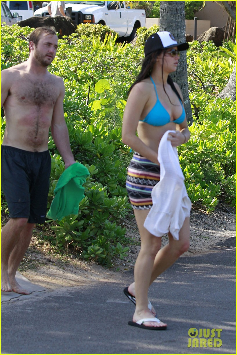 jennifer lawrence holiday in hawaii 26