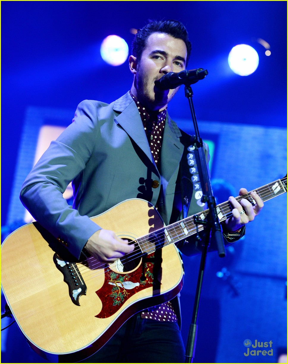 jonas brothers pantages concert 30