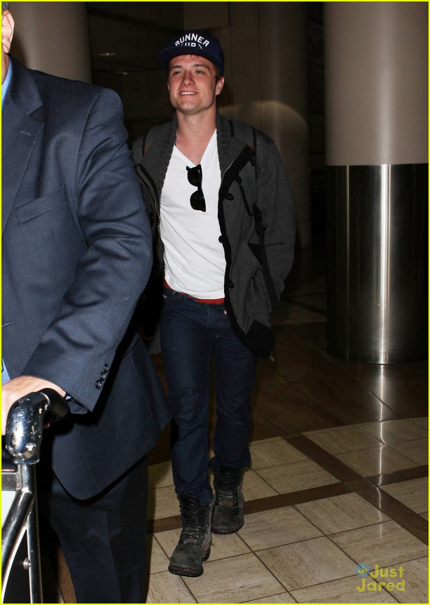 josh hutcherson jennifer lawrence lax 07
