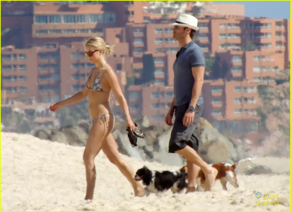 julianne hough bikini beach ryan 02