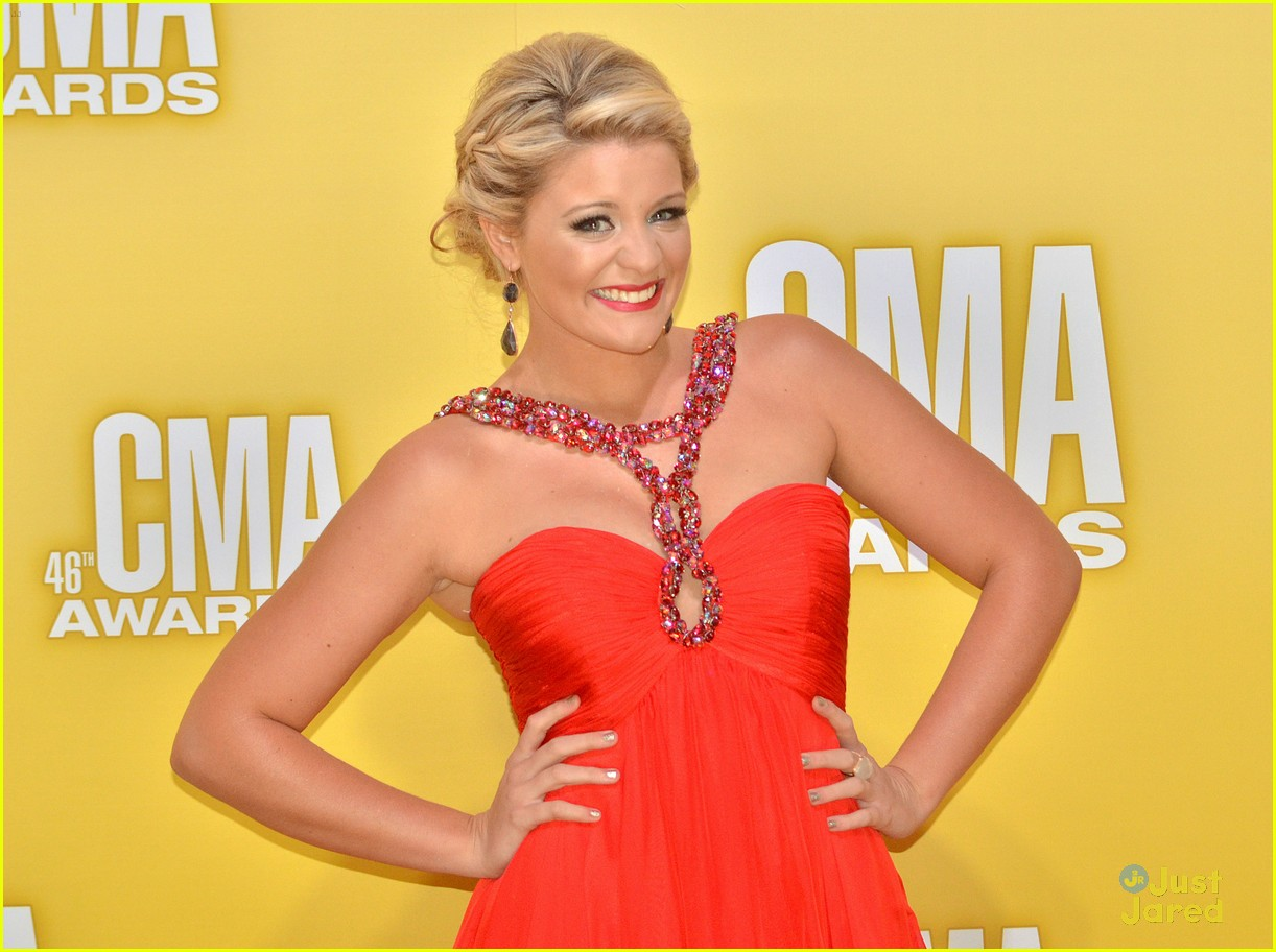 lauren alaina cma awards 08
