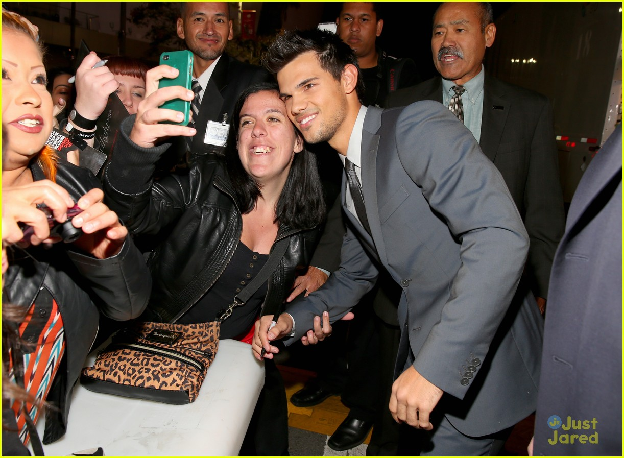 taylor lautner bd premiere 02
