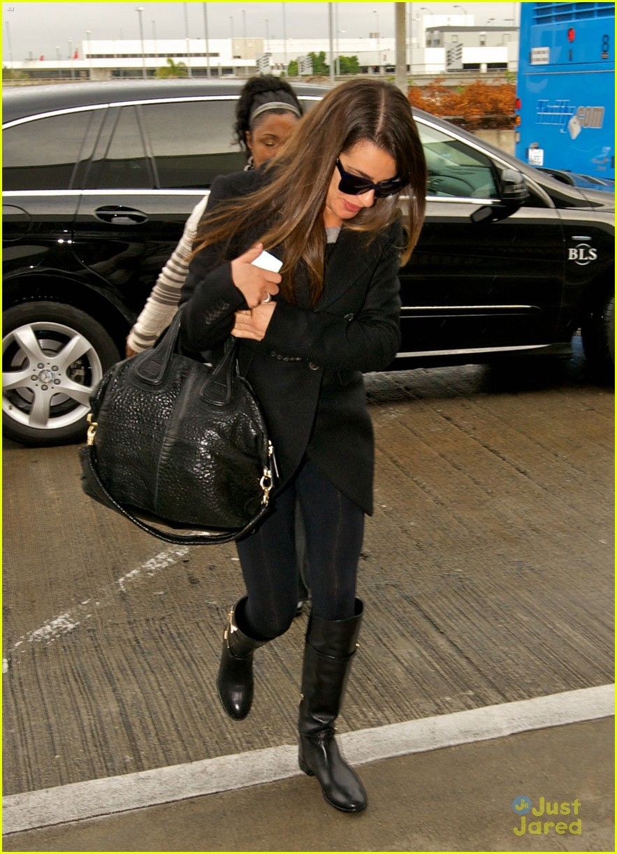 lea michele chris colfer jet to nyc for glee filming 03