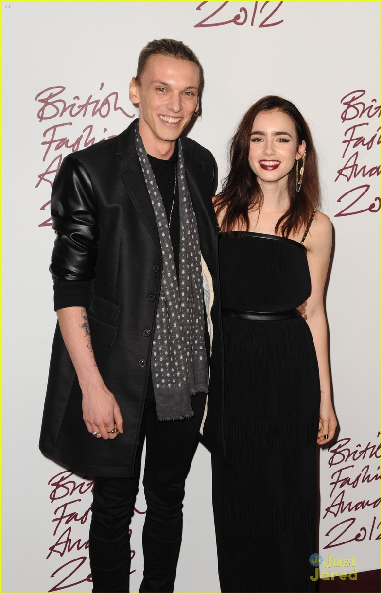 lily collins jamieb bower british fashion awards 02