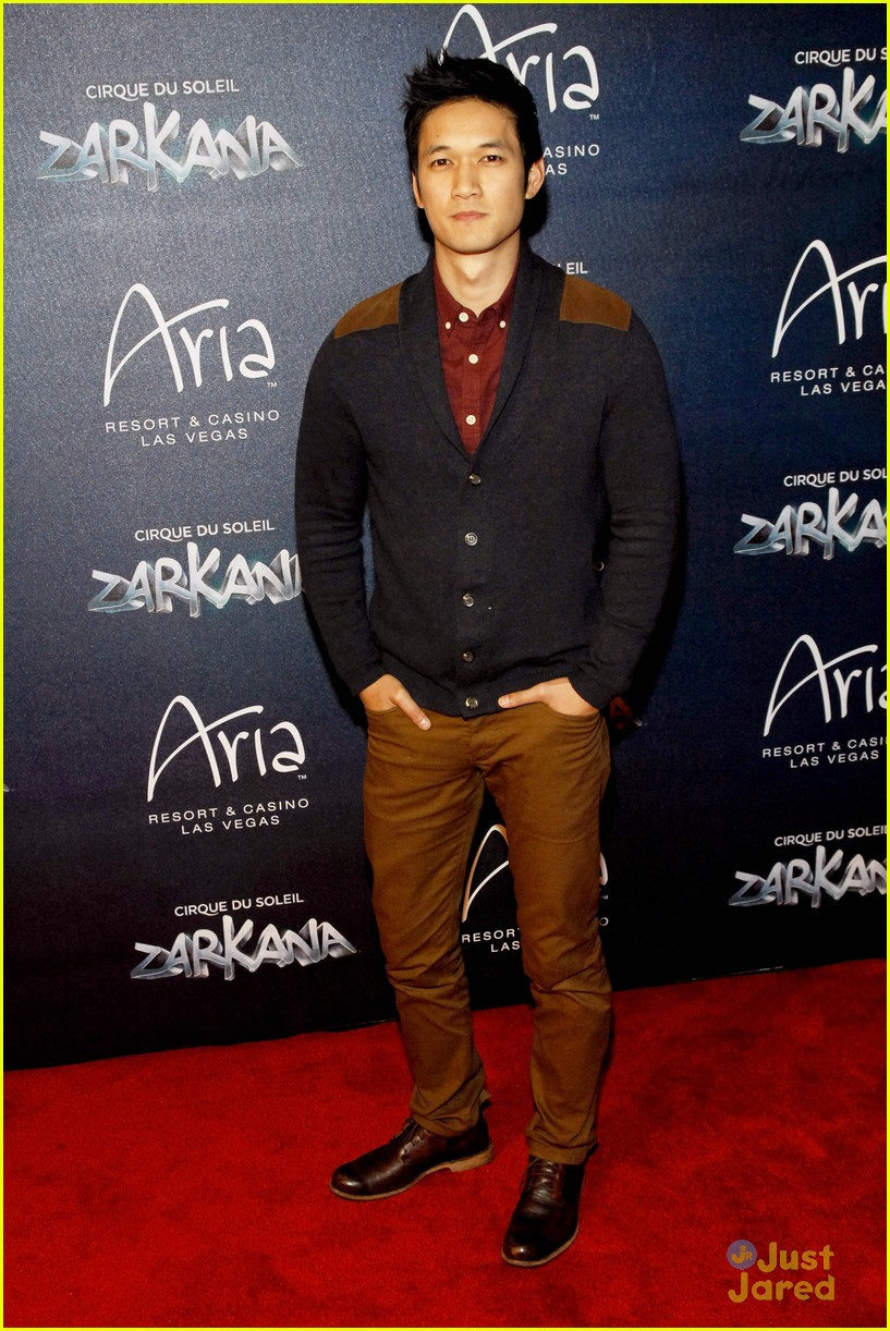 matt lanter harry shum jr zarkana 01