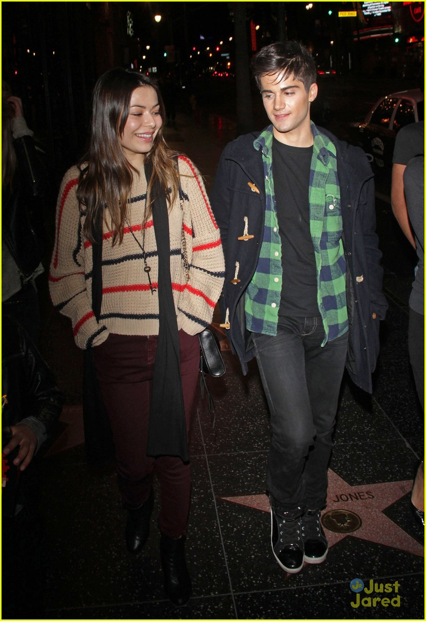 miranda cosgrove max movie date 02