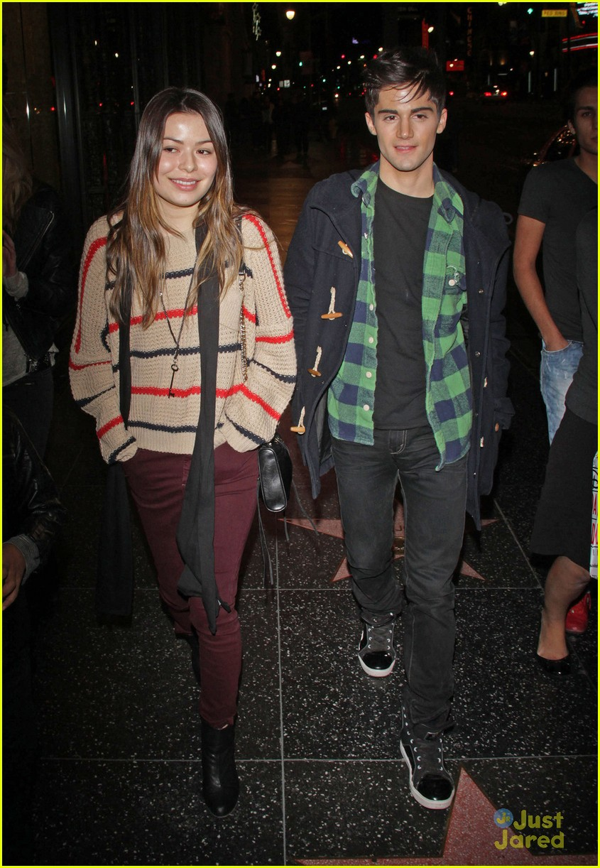 miranda cosgrove max movie date 08