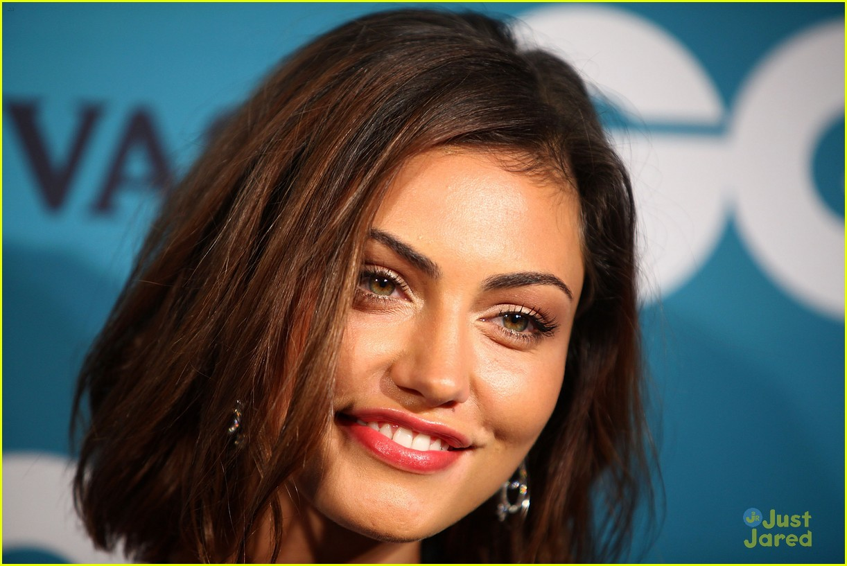 phoebe tonkin gq men awards 06