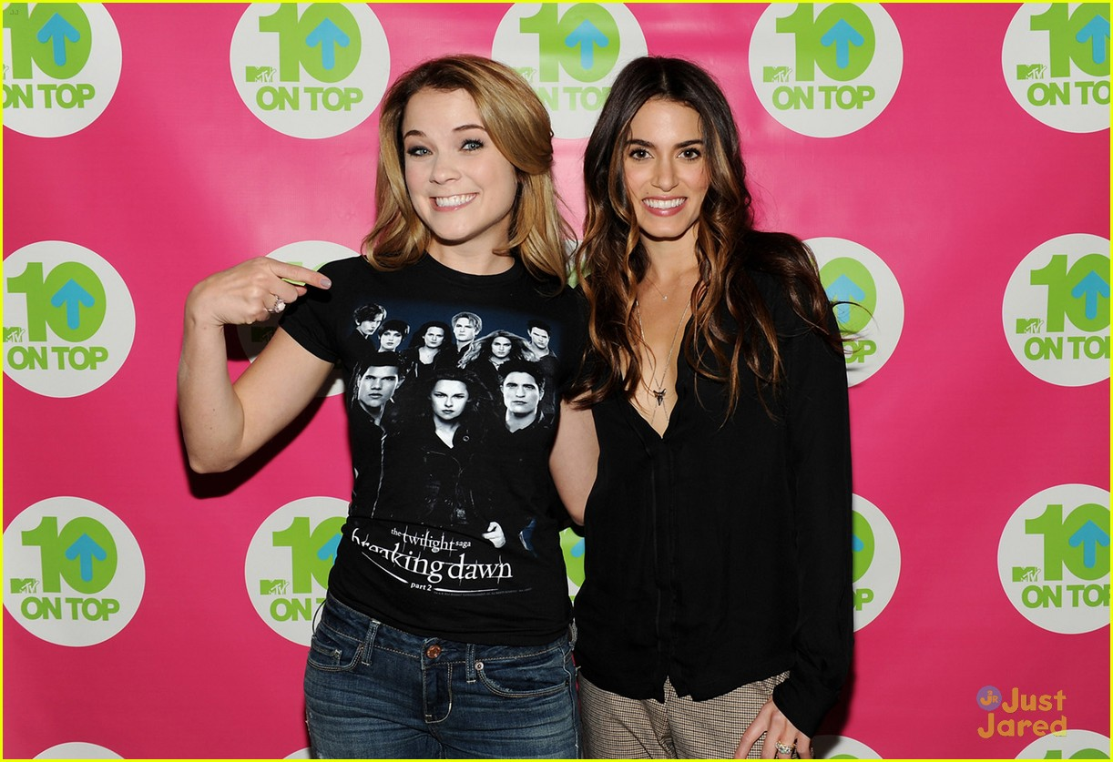 nikki reed 10 on top 05