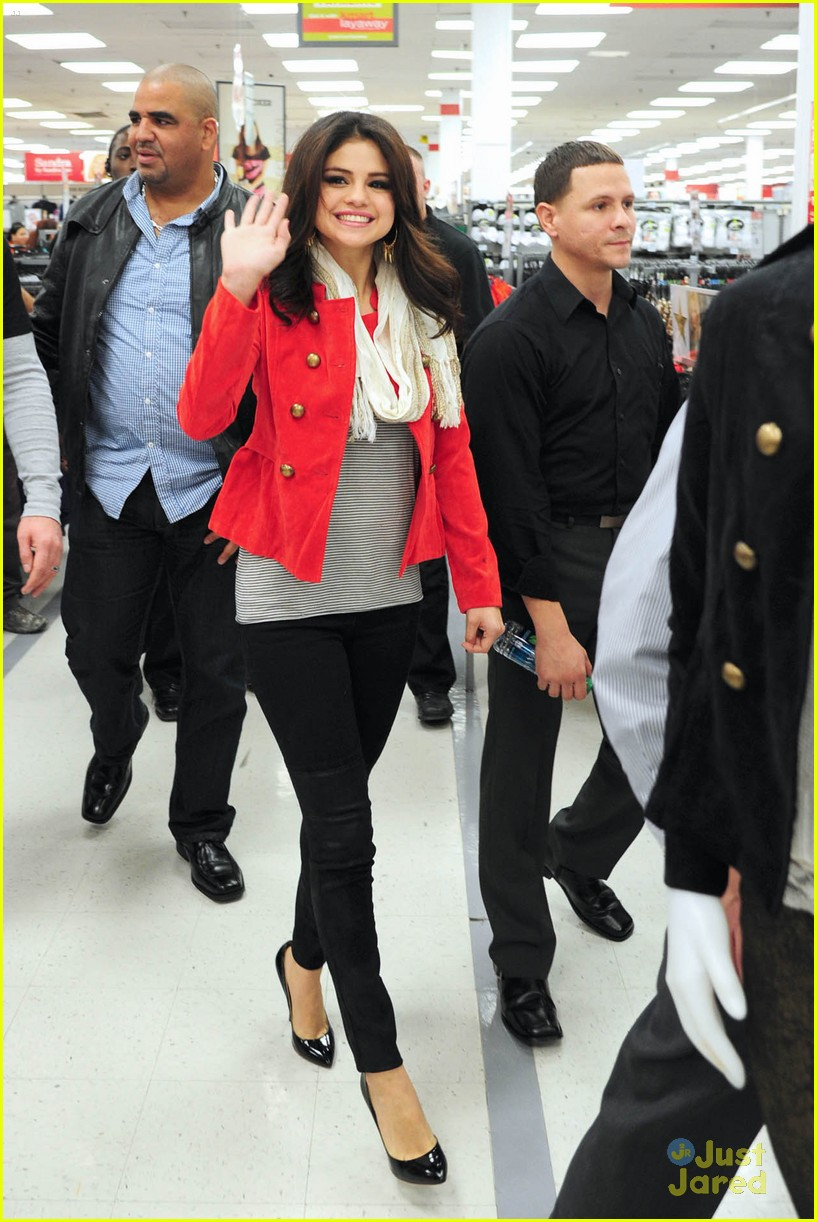 selena gomez kmart white plains 01