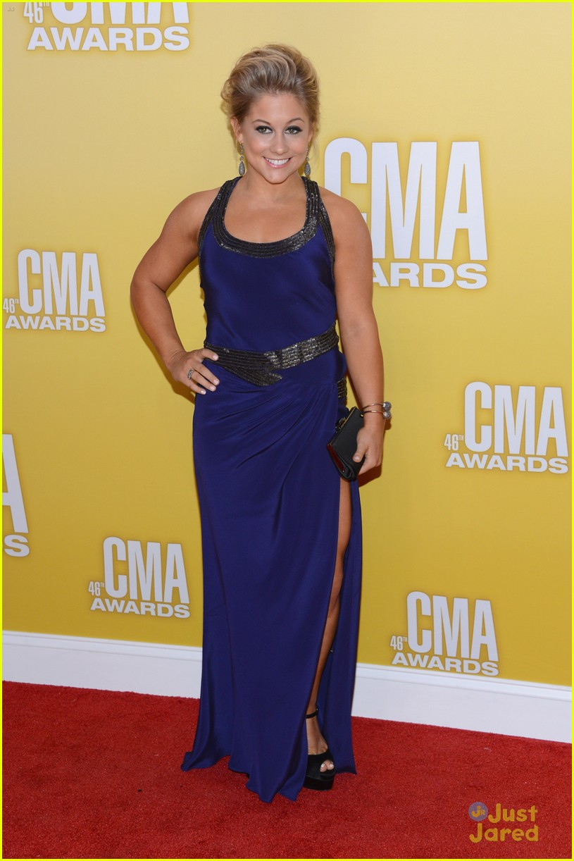 shawn johnson cma awards 05